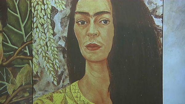 """O """"caos interior"""" de Frida Khalo exposto em Milão"""