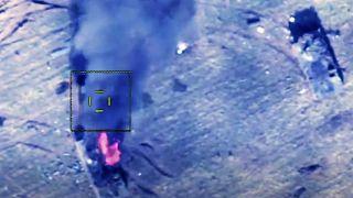 صورة من المواجهات قبل دخول وقف إطلاق النار حيز التنفيذ