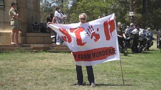 White South African Farmers Stage Angry Protest Over Rural Violence