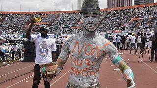 """Unie, l'opposition dit """"NON!"""" à Alassane Ouattara"""