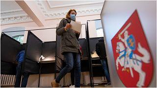 Lituânia vai a eleições legislativas