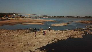El río Paraguay en su nivel más bajo en medio siglo