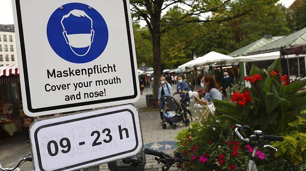 Maskenpflicht auf dem Viktualienmarkt in München, 24.9.2020