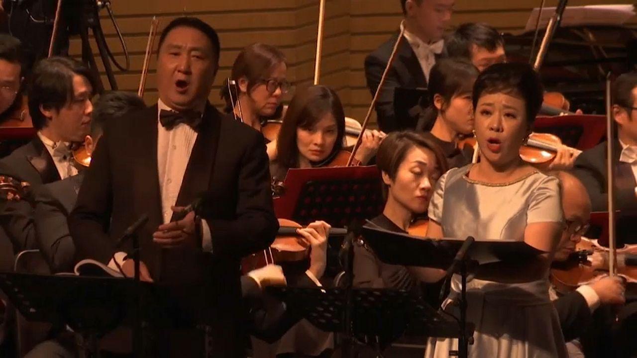 Szimfóniával emlékeznek a járvány áldozataira Kínában