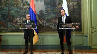 Die Außenminister Armeniens und Russlands