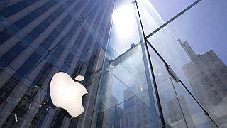 Apple'ın iPhone 12 tanıtımı merakla bekleniyor.
