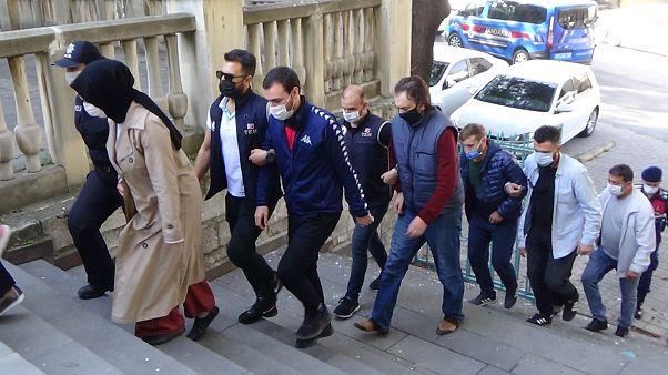 Gülen hareketine karşı başlatılan operasyonda gözaltına alınanlar (Arşiv)