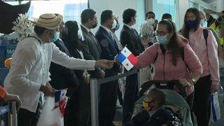 Llegada de los primeros pasajeros tras la reapertura del aeropuerto de Tucumen en Panamá