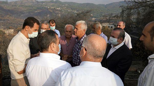 بشار الأسد يتحدث مع الأهالي في محافظة اللاذقية. 2020/10/13