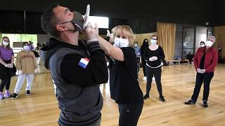 Занятия по самообороне для жертв уличной агрессии в Страсбурге