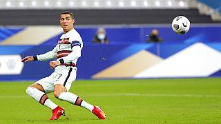 Football : Cristiano Ronaldo testé positif au Covid-19