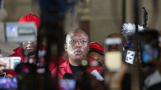 """Julius Malema : """"cette arrogance des blancs doit prendre fin"""""""