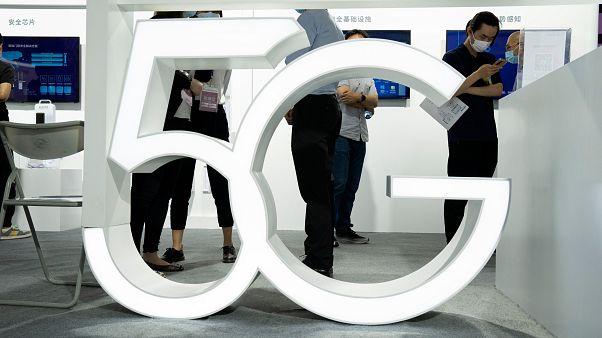 """Mercado das redes 5G dominado pela China, mas a Apple quer uma """"fatia do bolo"""""""