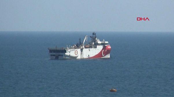 Turquia ignora avisos da UE sobre atividades no Mediterrâneo