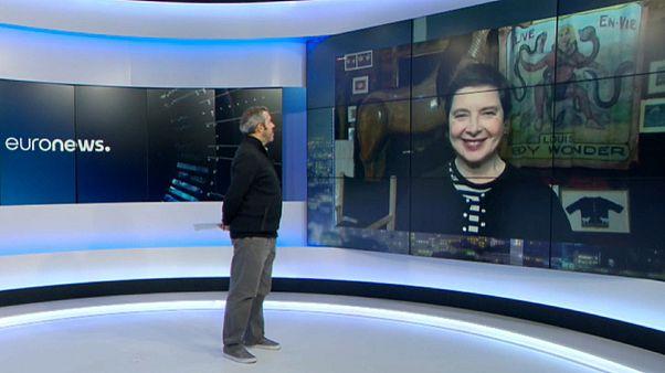 Isabella Rossellini falou em exclusivo com a Euronews a partir de casa, em Long Island, EUA