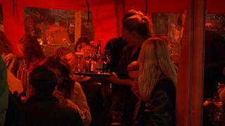 حفل صاخب في هولندا قبل الإغلاق الجزئي