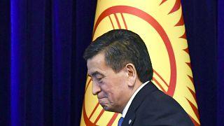 رئیس جمهوری قرقیزستان کنارهگیری کرد