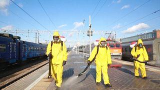 Μόσχα: Απολυμάνσεις σε σταθμούς τρένων