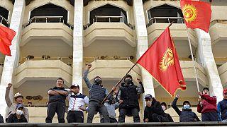 Kırgızistan protestolar