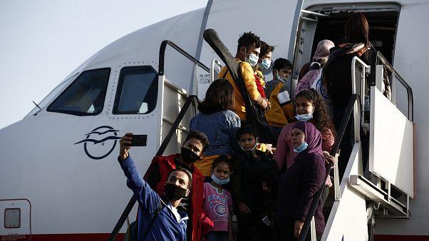 Αναγνωρισμένοι πρόσφυγες αναχώρησαν για πρώτη φορά από την Ελλάδα με προορισμό τη Γερμανία