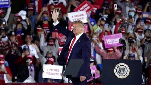 Donald Trump en su mitin del viernes en el estado de Georgia