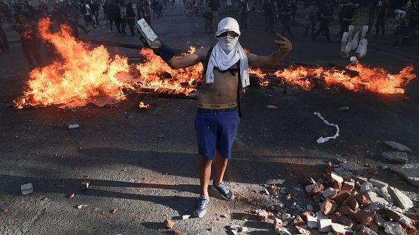 В Сантьяго снова вспыхнули беспорядки