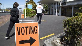 I laburisti stravincono alle legislative in Nuova Zelanda