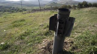 Euronews visita le trincee degli armeni