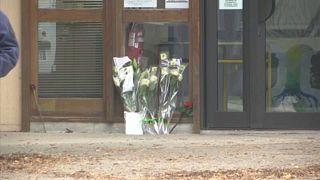 França em estado de choque presta homenagem ao professor decapitado