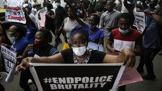 Uluslararası Af Örgütü: Nijerya'da polisin protestoculara ateş açtığına dair kanıtlar var