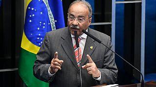 İç çamaşırında nakit para bulunan Senatör Chico Rodrigues.