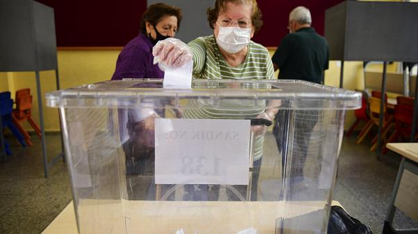 Election à Chypre-Nord : le dirigeant sortant favori face au candidat d'Ankara