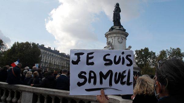 Paris'teki gösterilerden bir kare