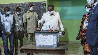 Guinée: Le président Condé a voté