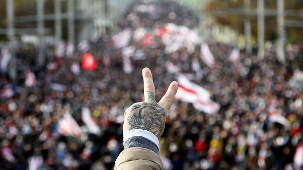 من المظاهرات في مينسك