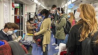 In der U-Bahn in Mailand