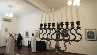 زيارة وفد إسرائيلي إلى كنيس الجالية اليهودية في المنامة، الأحد 18 أكتوبر 2020