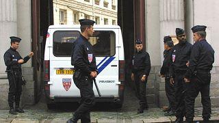 Fransa'da polis operasyonları