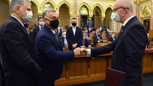 Orbán Viktor gratulál Varga Zsolt Andrásnak, a Kúria megválasztott elnökének