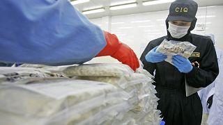 بسبب كورونا.. مراقبة المأكولات الغذائية المثلجة التي تدخل الصين