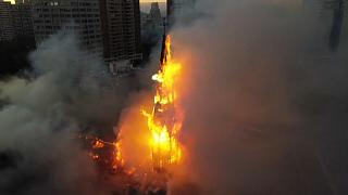 Brennende Kirche in Santiago de Chile