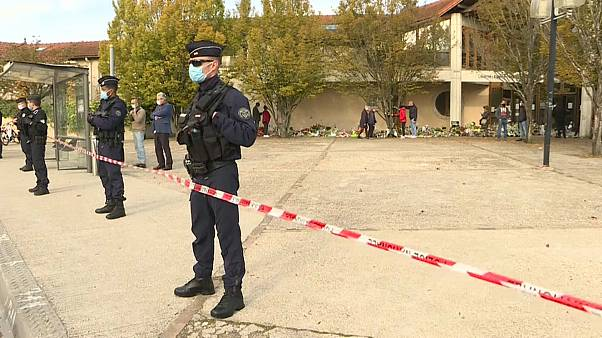 Francia rendirá homenaje en La Sorbona al profesor decapitado en París