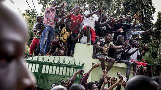 Guinea: Diallo supporters flood Conakry after election victory claim