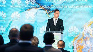 Szijjártó Péter külügyminiszter a Huawei rendezvényén