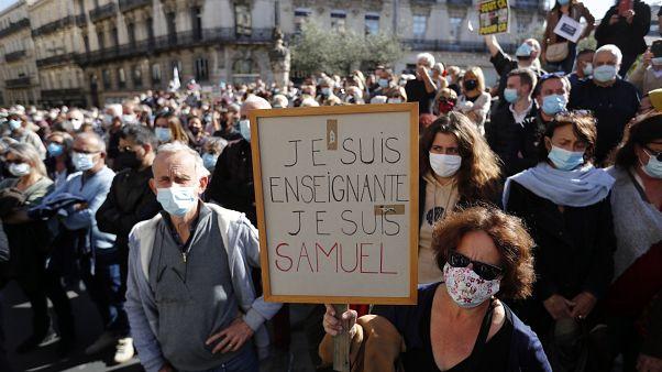 A szólásszabadságért kiálló tüntetők Montpellier-ben.