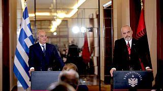 Yunan Dışişleri Bakanı Nikos Dendias ve Arnavutluk Başbakanı Edi Rama