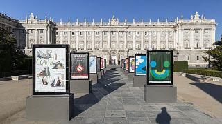 """Madrid Gráfica, """"invade"""" varios espacios públicos de la capital española como el Palacio Real"""
