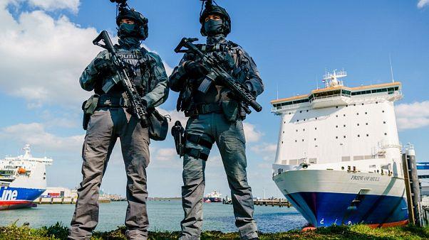 Hollandalı askerler