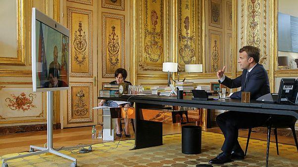 Rusya Devlet Başkanı Vladimir Putin ve Fransa Cumhurbaşkanı Emmanuel Macron (Arşiv)