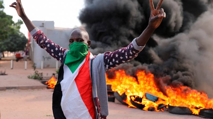 Protests in Sudan against dire living conditions turn deadly - Tatahfonewsarena